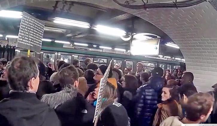 je suis charlie metro paris