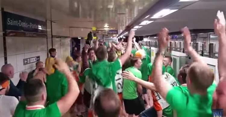 irish fans euro2016 aris metro